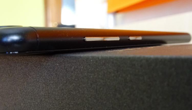 Zenfone Zoom S parte laterale destra
